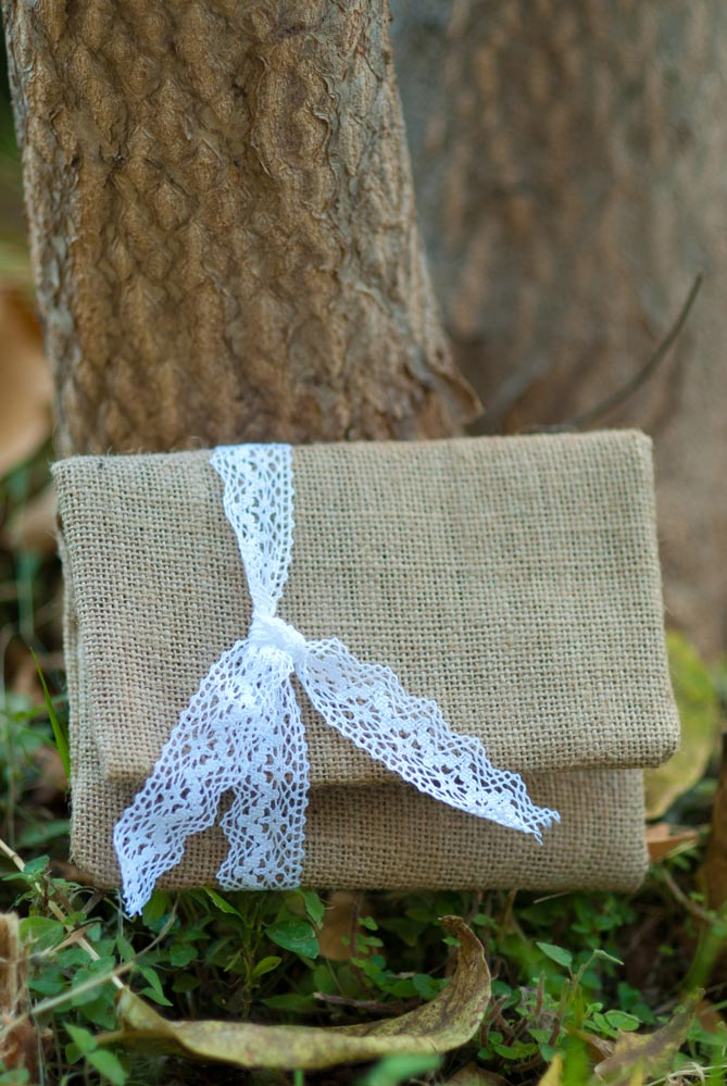 burlap-and-lace