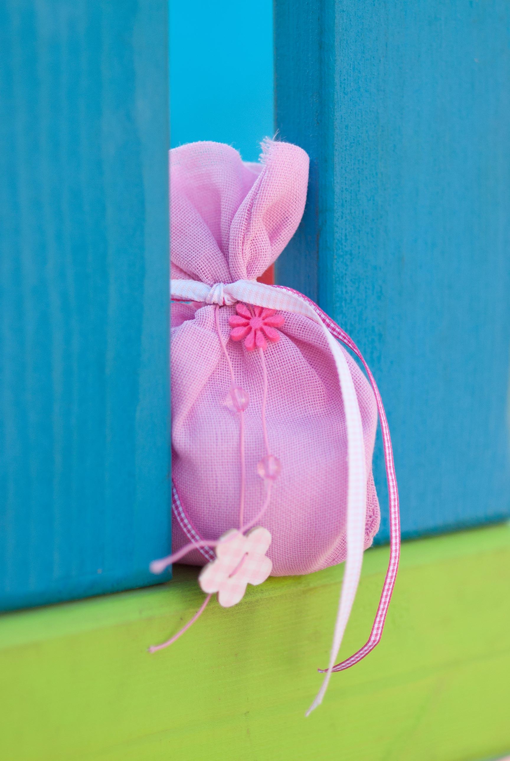 pink-burlap