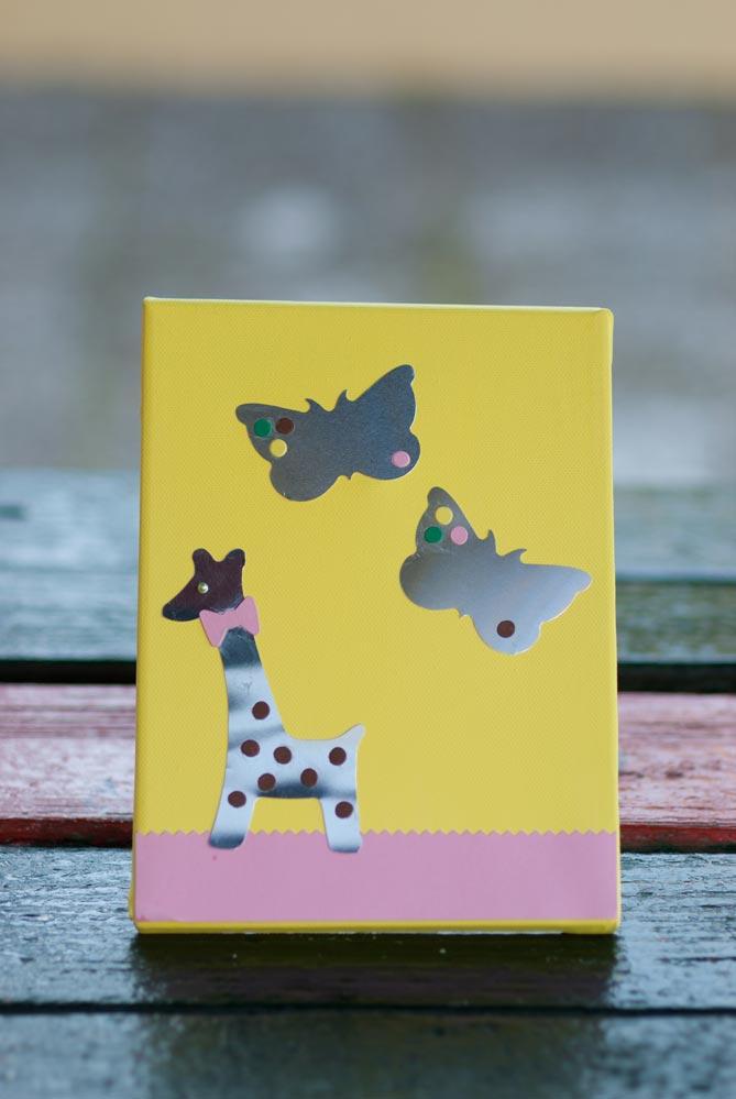 butterflies-and-giraffe